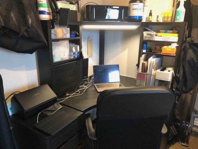 プログラミングや仕事に集中できる机はIKEAのコーナーワークステーションがオススメ